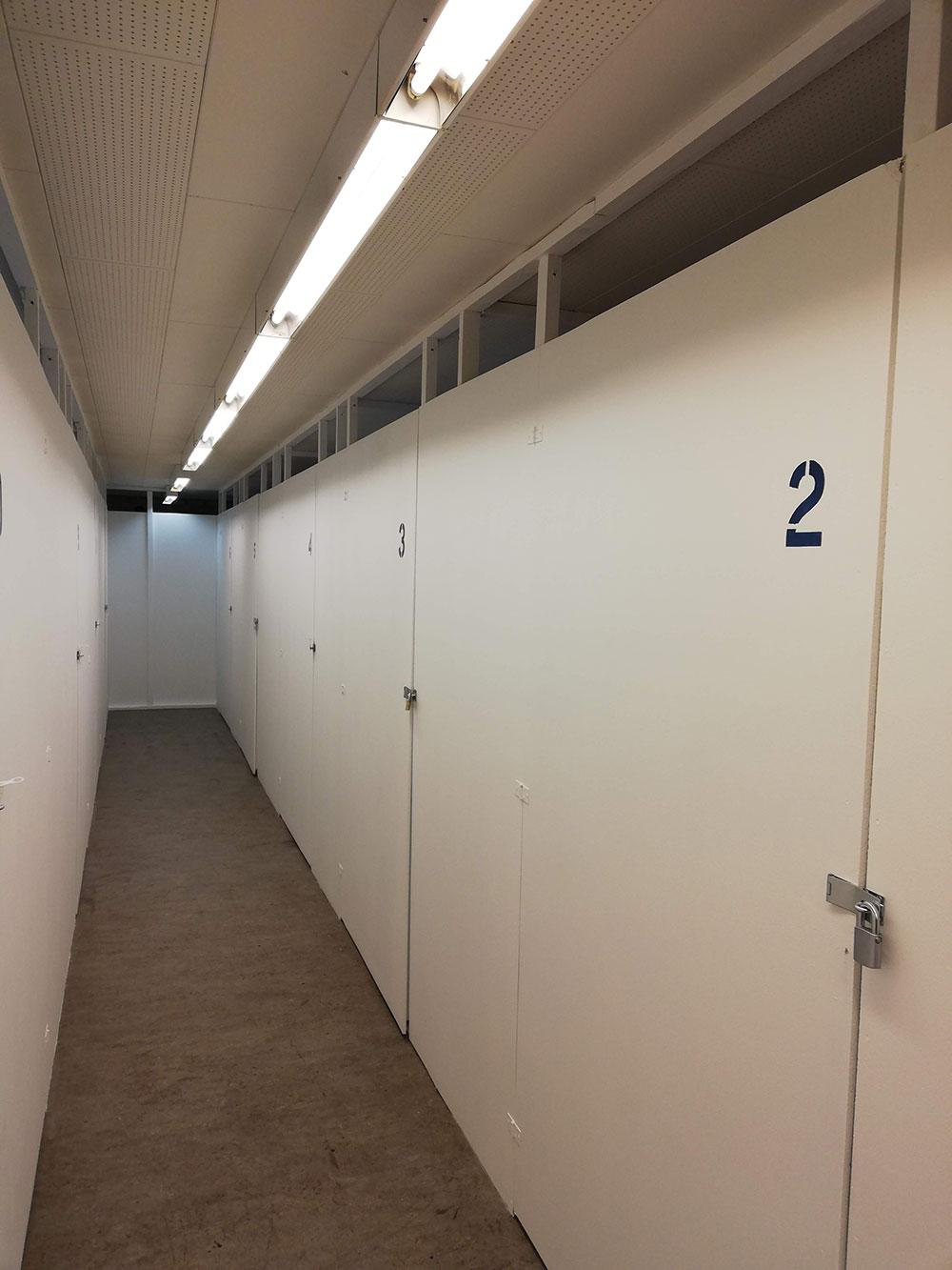 Picture of: Pladsmangel Silkeborg Box To Box Tilbyder Nem Opbevaring